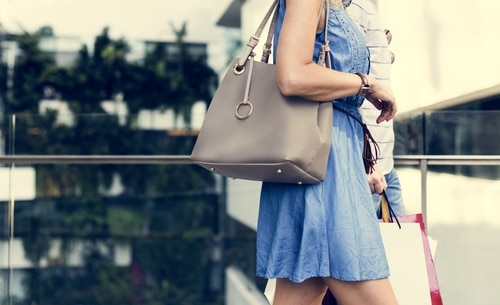 How to Keep Your Purse from Wrecking Your Back
